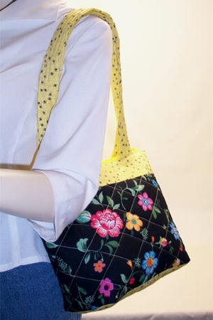Flowers Black Purse